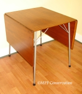 JACOBSEN DROP-LEAF TABLE