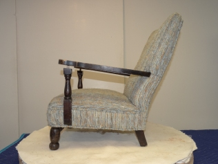 W17 LB CHILD CHAIR -21