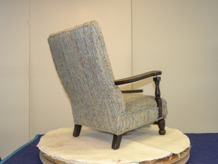 W17 LB CHILD CHAIR -27