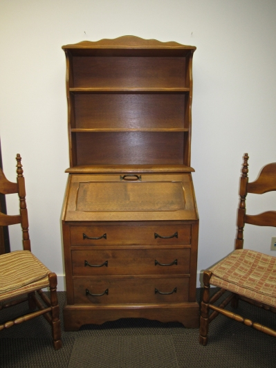 W16 2 richardson desk chairs-2-2