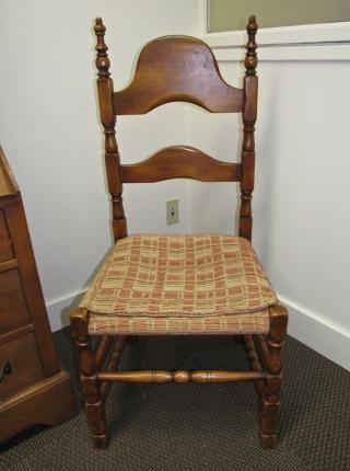 W16 2 richardson desk chairs-2