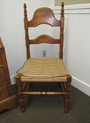 W16 2 richardson desk chairs-2057