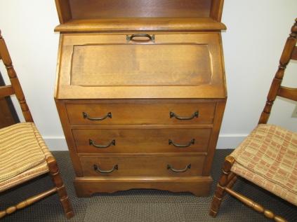 W16 2 richardson desk chairs-2068