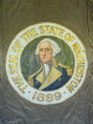 W17 8 28 WA DAR FLAG SEAL-02872