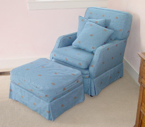 W05 OLFARM CHAIR OTTOMAN AFTER 1259