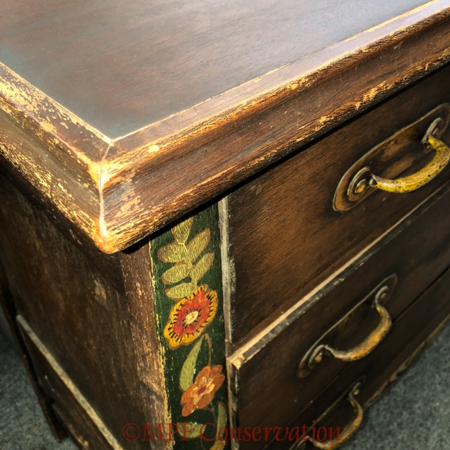 W18 6 15 CROWE DRESSER OLD WOOD-0215