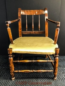 W19 7 28 RH DUTCH CHAIR ASSESS-8499